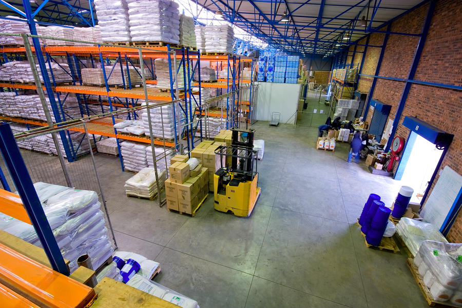 Warehouse Sees Instant Savings with Addition of Air-Row Destratification Fans